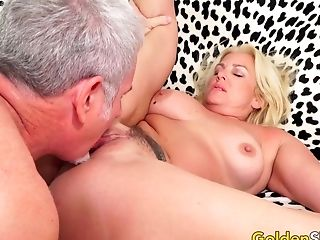 Matures Blonde Taylor Leigh Gets Orally Satiated Before A Good Pummeling