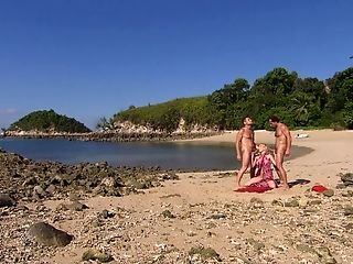 Outside Threesome At The Beach Is Amazing Venture For Jamie Brooks