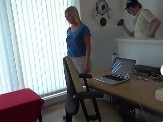 Dude Shoots A Point Of View Vid Of Him Getting A Blow-job From Anna Joy