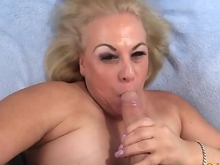 Older Tramp Summer Quenches Her Passion With A Xxx Fuck Session