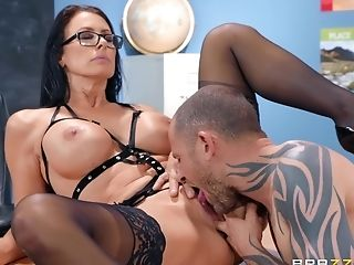 Nerdy Cougar In Glasses Reagan Foxx Rails Her Customer At The Office