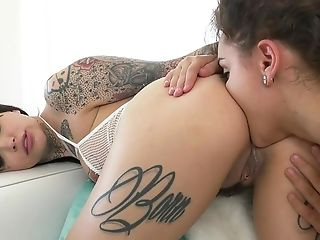 Lezzies Liking Glamour Assfuck Romance In Fantastic Xxx