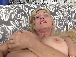 Orgasmic Machine Romp With Huge-boobed Blonde Gilf Cala Thirsts
