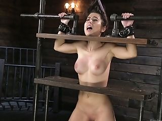 Groaning Big Jugged Lady Serena Blair Gets Her Twat Taunted With Lots Of Playthings