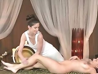 Finger Fucked Lesbo Delectations Her Customer