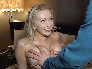 Sexy Huge-boobed Cougar Housewife Fucked