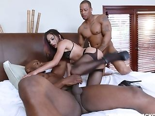 Two Lovemaking-greedy Dudes Fuck One Milky Chick Liv Revamped